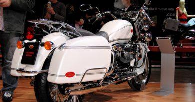eicma2007 vintage bianco met 2