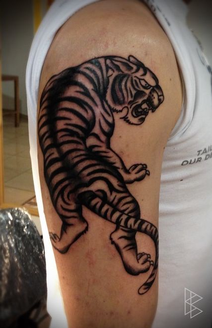 biro-blanka-invictus-tattoo7