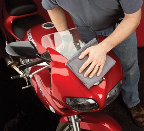 motorcycle-washing-tips-11871 2