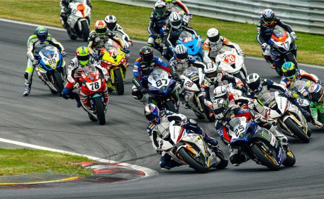 bmw-motorrad-race-trophy