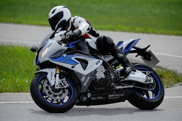 bmw-abs-hp4