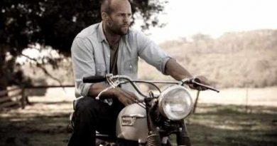 jason-statham-motorcycle