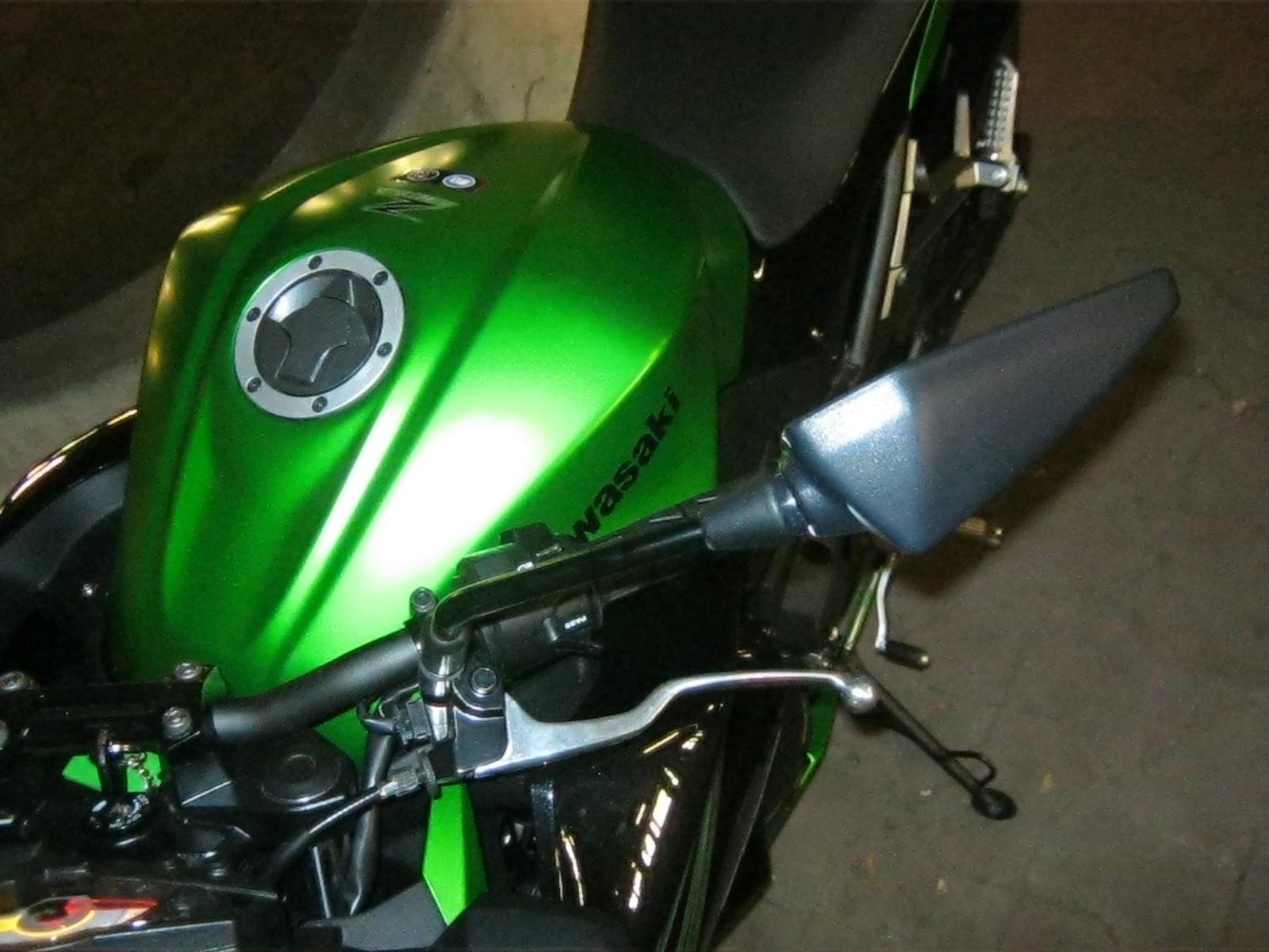 kawasakiz30007