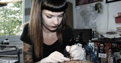 ozsvart eni everest tattoo profil