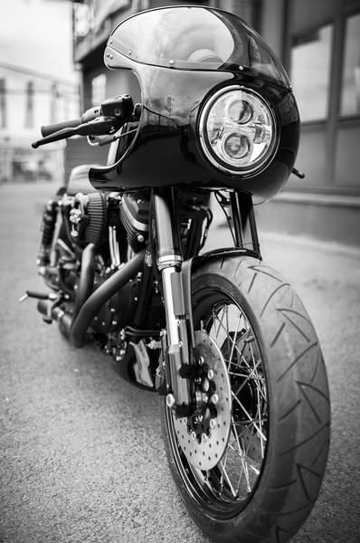 sportster iron dark custom 01