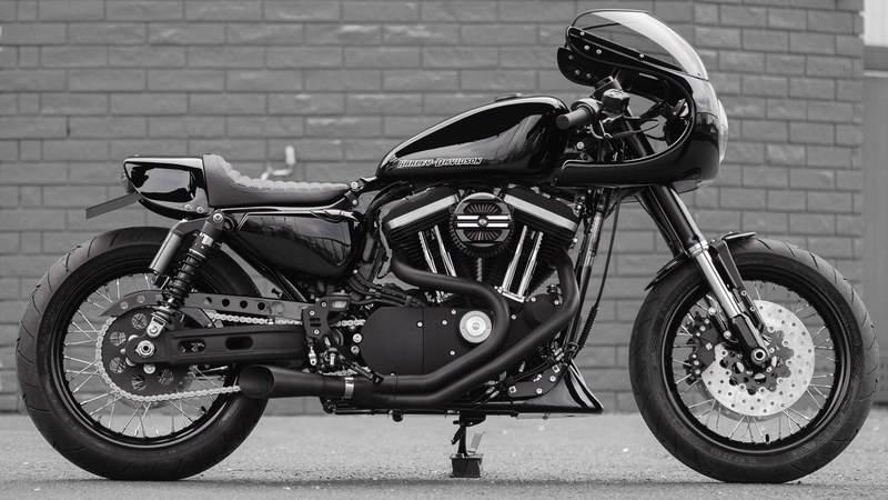 sportster iron dark custom 03