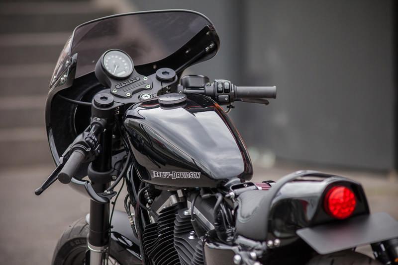 sportster iron dark custom 06