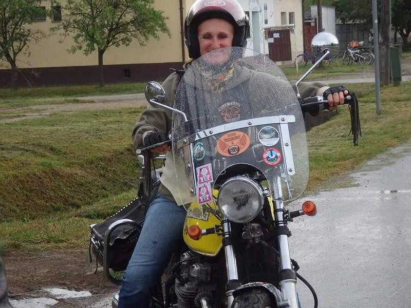 baja team old lady 3
