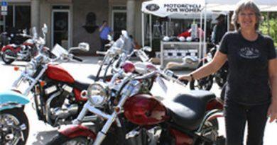 a nagyi motoros boltja 03
