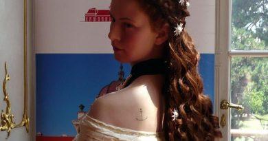 sisi viaszszobor tetovalas