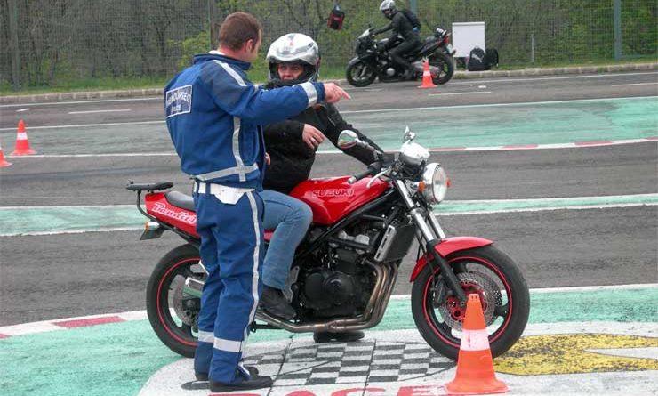 ingyenes vezetestechnikai trening ivtm