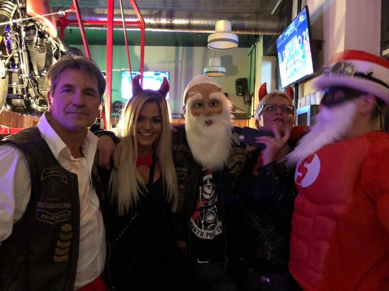 bad santa party 3