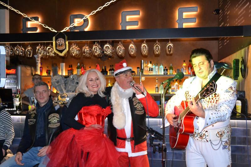 bad santa party 7