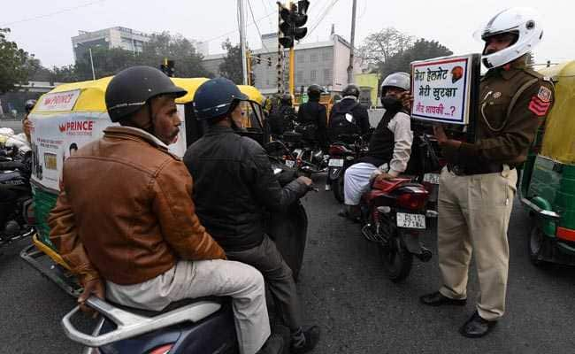 sandeep shahi uj delhi közlekedesi rendor1