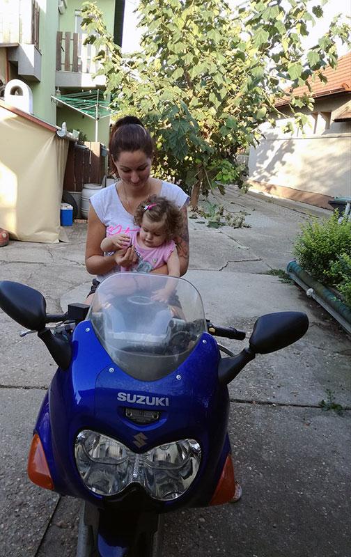 anya motorozik2