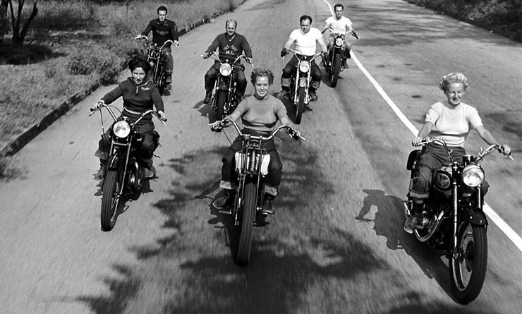 motoros csajok 1949