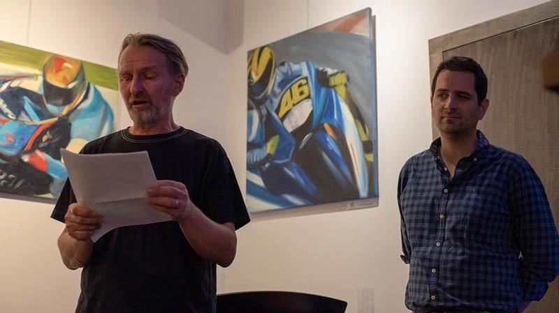 A kiállítást megnyitotta Balázs Sándor művészeti író, műkritikus.