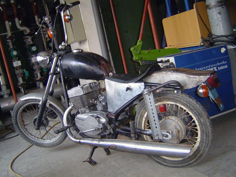 Jawa 638 chopper
