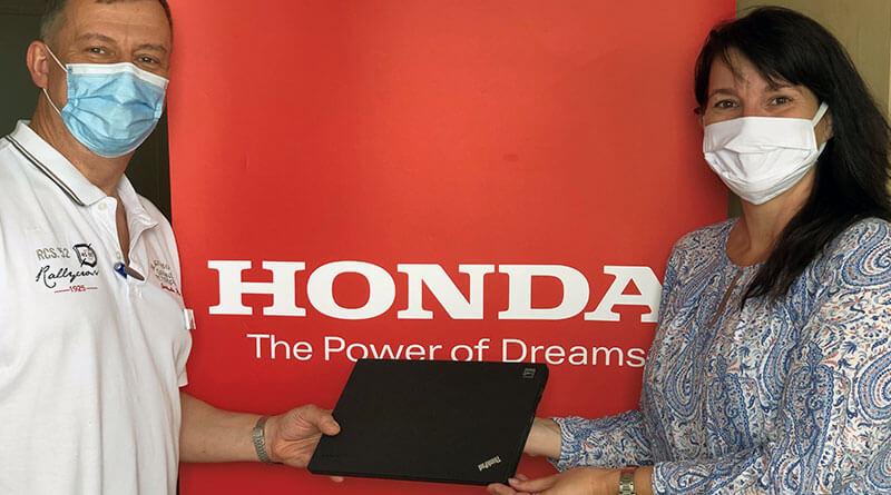 Számítógépeket ajándékozott a Honda a Jahn Ferenc Dél-pesti Kórháznak