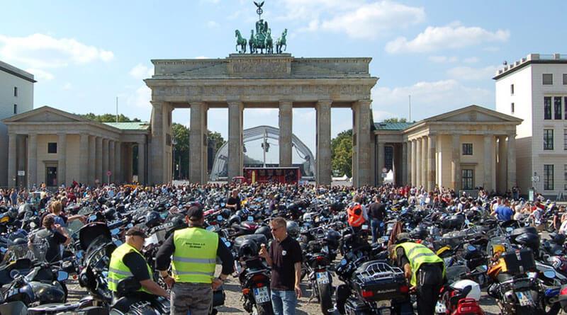 Motoros tüntetés Németországban