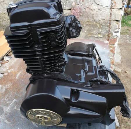Indian Larry motor Berci Custom Cycles