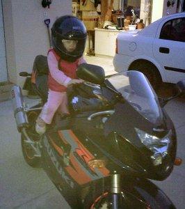 Család és motorozás Bögös Kata