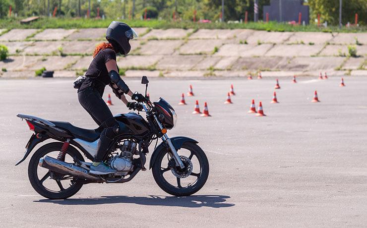 2021. Március 1-től új motoros vizsgakövetelmények