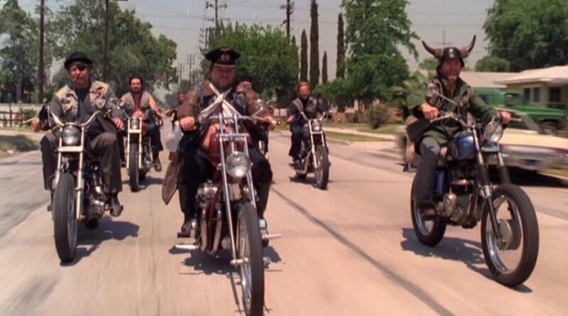 Bármi áron - The Black Widows motoros banda