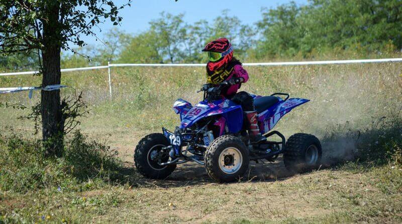 Besenyei Regina quad versenyző