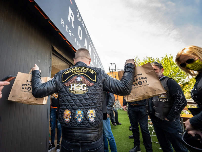Harley-Davidson Budapest Chapter ételadomány