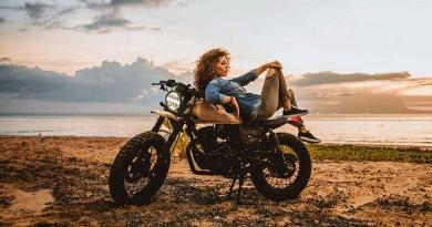 Csajok a motoron fotókihívás csamfoto2021