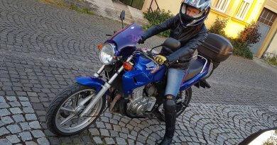 Erős Judit motoros csaj