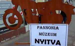 Újra nyit a Pannónia Motormúzeum Balassagyarmaton