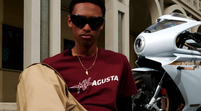 MV Agusta LOGO LEVEL 1 utcai ruhakollekció