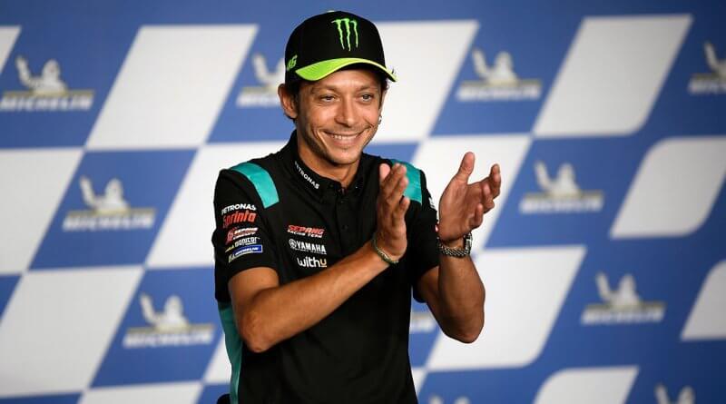 Valentino Rossi nyugdijba ment