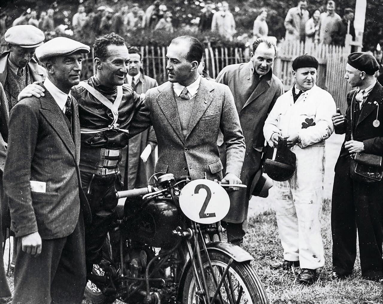 Carlo Guzzi, Stanley Woods, Giorgio Parodi és a Moto Guzzi 1935-ben