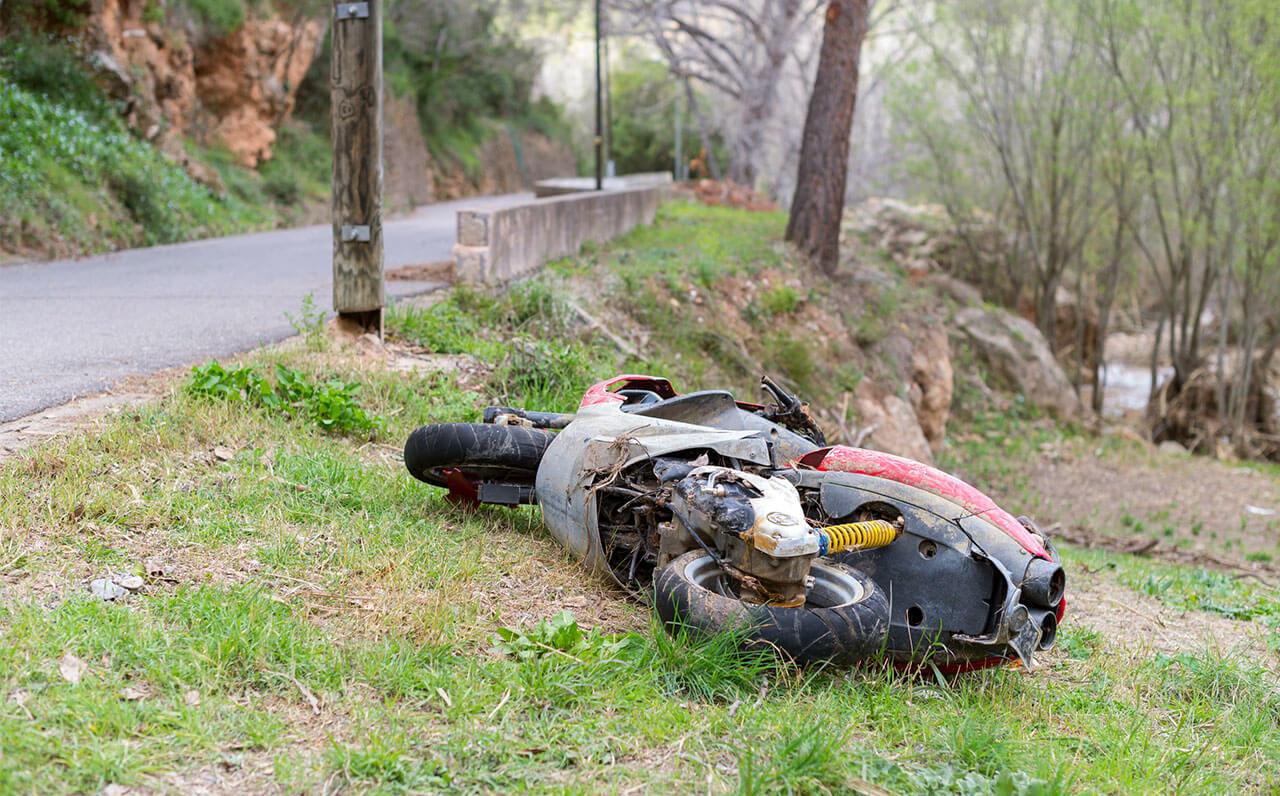 Motoros tanuló baleset
